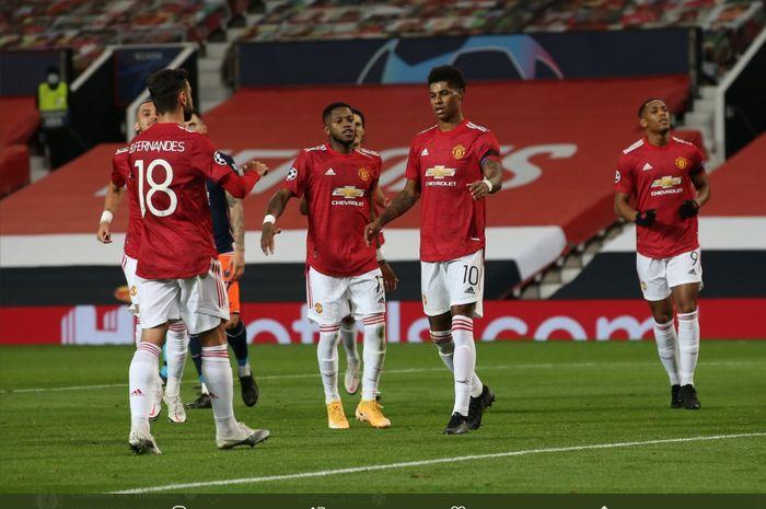 Para pemain Manchester United merayakan gol yang dilesakkan Marcus Rashford ke gawang Istanbul Basaksehir dalam lanjutan fase grup Liga Champions, Selasa (24/11/2020).
