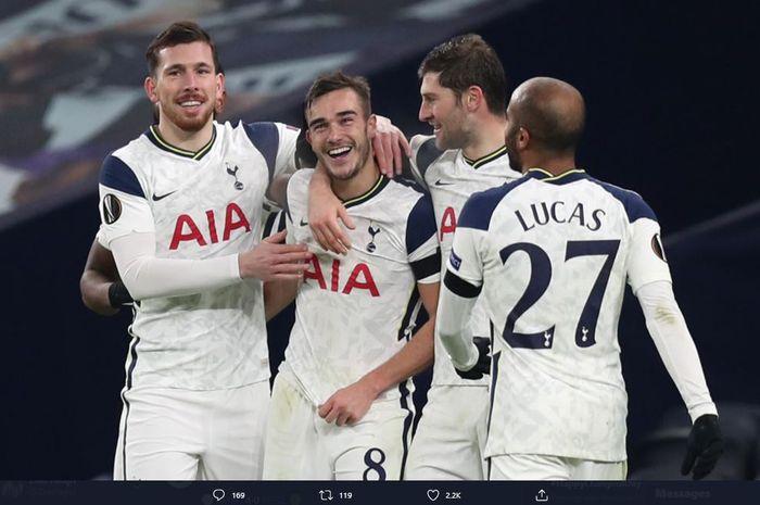 Tottenham Hotspur sukses melumat Ludogorets 4-0 dengan catatan 25 tembakan berbanding nol di Liga Europa dini hari tadi.