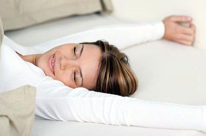 Berikut adalah beberapa Manfaat tidur tanpa bantal