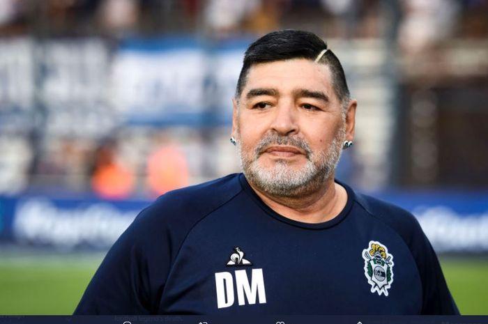 Diego Maradona mengaku sangat menderita dan sudah putus asa kepada dokter pribadinya sesaat sebelum meninggal dunia.