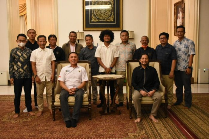 Pertemuan antara PSSI, Bagus Kahfi, dan manajemen Barito Putera terkait polemik transfer ke Eropa (1/12/2020).
