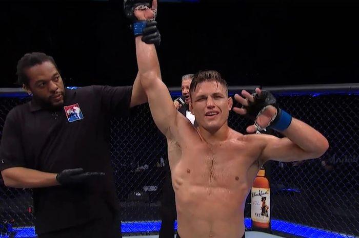 Petarung UFC, Drew Dober.
