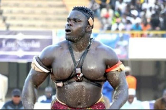 Monster gulat, Oumar Kane atau yang biasa dipanggil, Reug Reug yang siap menebar teror di MMA.