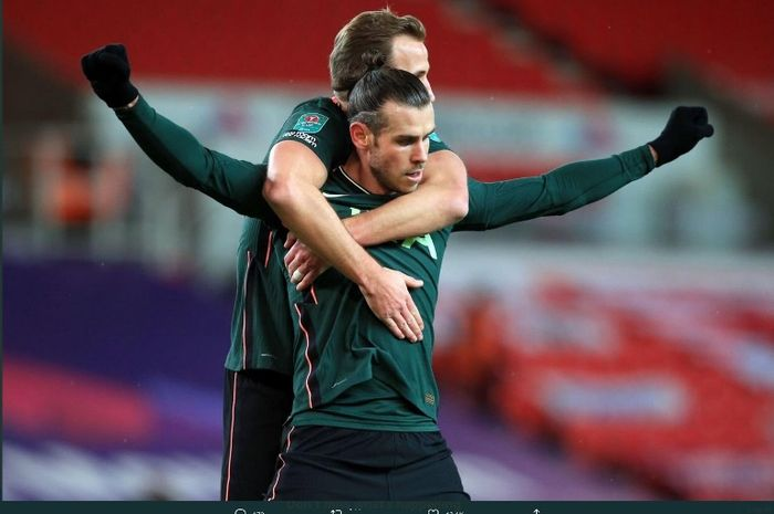 Penyerang Tottenham Hotspurs, Gareth Bale, kembali mencetak gol di ajang Piala Liga Inggris setelah 2975 hari dengan membobol gawang Stoke City.