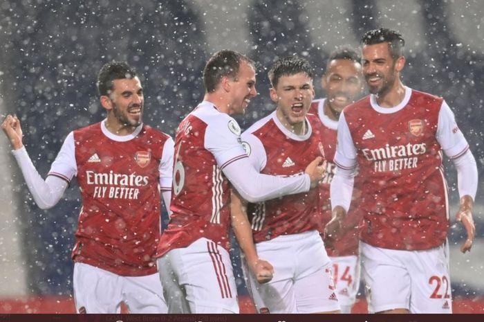 Arsenal kini mulai bangkit dari keterpurukan di Liga Inggris usai berhasil menghajar Newcastle United.