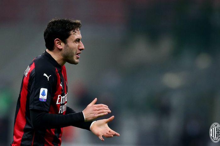 Davide Calabria mencetak gol penyeimbang pada menit ke-41 pada laga AC Milan kontra Juventus di San Siro dalam lanjutan laga pekan ke-16 Liga Italia 2020-2021.