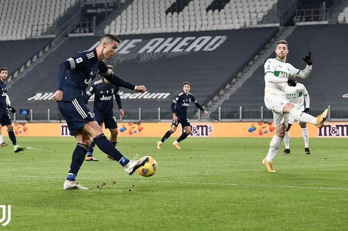 Juventus superstar Cristiano Ronaldo in the match against Sassuolo on Sunday (01/10/2021).