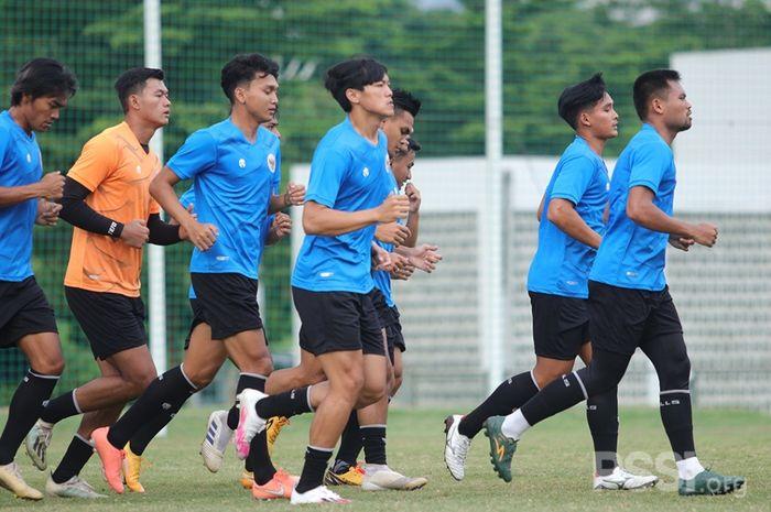 Skuad timnas U-22 Indonesia saat menjalani pemusatan latihan (TC) menghadapi SEA Games 2021.
