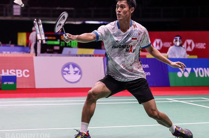Pebulu tangkis tunggal putra Indonesia, Shesar Hiren Rhustavito, pada babak pertama Thailand Open I 2021 di Impact Arena Bangkok, Rabu (13/1/2021).