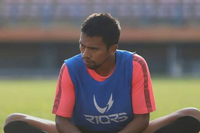 Pemain Borneo FC, Wiranto sedang mengikuti latihan tim