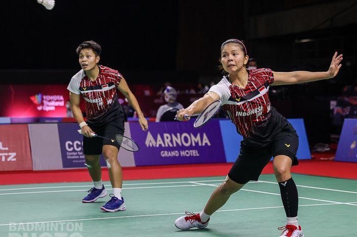 Pasangan ganda putri Indonesia, Greysia Polii/Apriyani Rahayu, saat menjalani laga babak kesatu Thailand Open II 2021 di Impact Arena, Bangkok, Thailand, Selasa (19/1/2021).