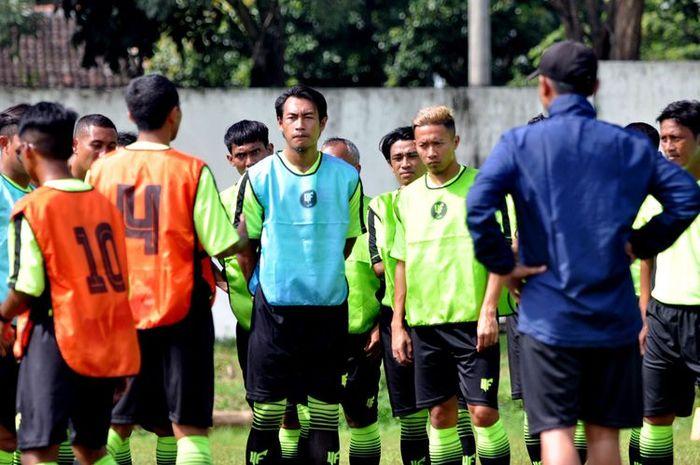 Persebaya Surabaya, Hansamu Yama ambil kursus kepelatihan C AFC.