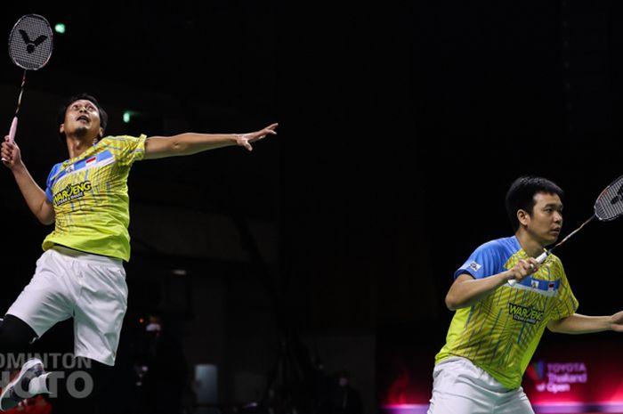 Pasangan ganda putra Indonesia, Mohammad Ahsan/Hendra Setiawan, pada babak semifinal Thailand Open II 2021 di Impact Arena, Bangkok, Sabtu (23/1/2021).