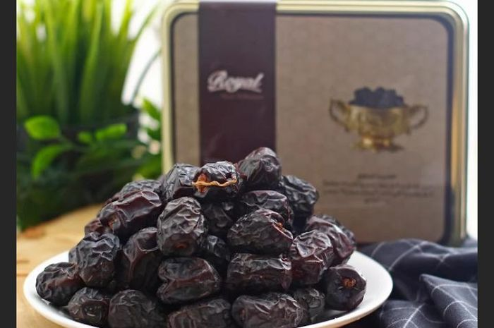 Get to know the Benefits of Ajwa Dates which have many health benefits