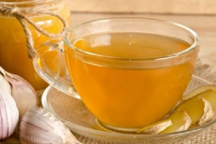 Onion tea mixed with grated ginger provides extraordinary benefits