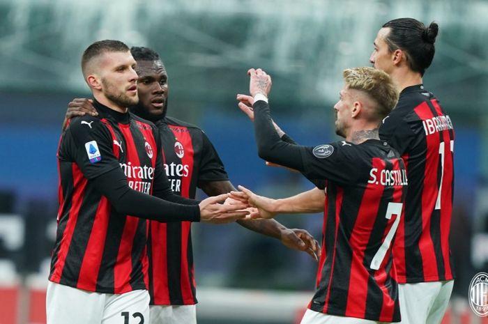 Spezia vs AC Milan - Jalan Mulus Rossoneri Amankan Singgasana -  Bolasport.com
