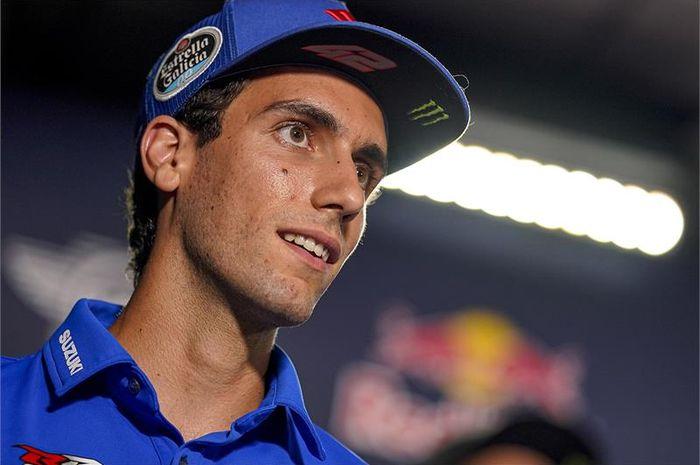 Pembalap Suzuki Ecstar, Alex Rins ingin merebut gelar juara dunia MotoGP dari tangan rekannya Joan Mir.