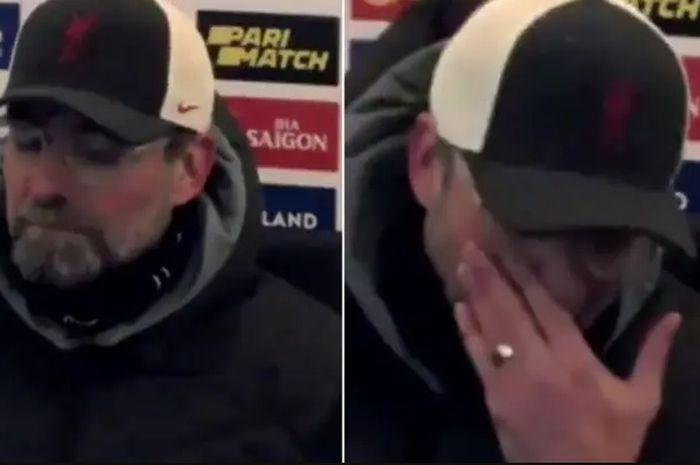 Pelatih Liverpool, Juergen Klopp, menangis seusai laga melawan Leicester City pada pekan ke-24 Liga Inggris di  Stadion King Power, Sabtu (13/2/2021).