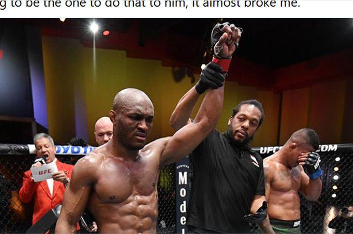 Petarung kelas welter, Kamaru Usman (kiri), saat mengalahkan Gilbert Burns pada UFC 258 Februari kemarin.