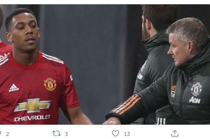Alan Shearer mengungkapkan dua sifat seorang penyerang yang kurang dimiliki oleh penyerang Man United, Anthony Martial.