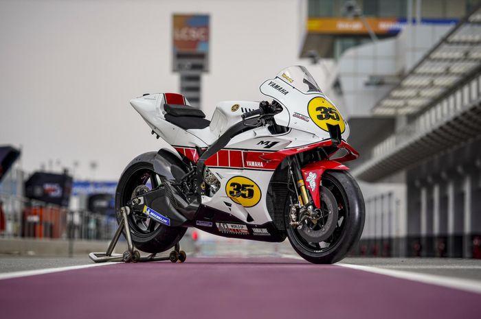 Yamaha YZR-M1 dengan livery Spesial di tes pramusim MotoGP Qatar 2021.