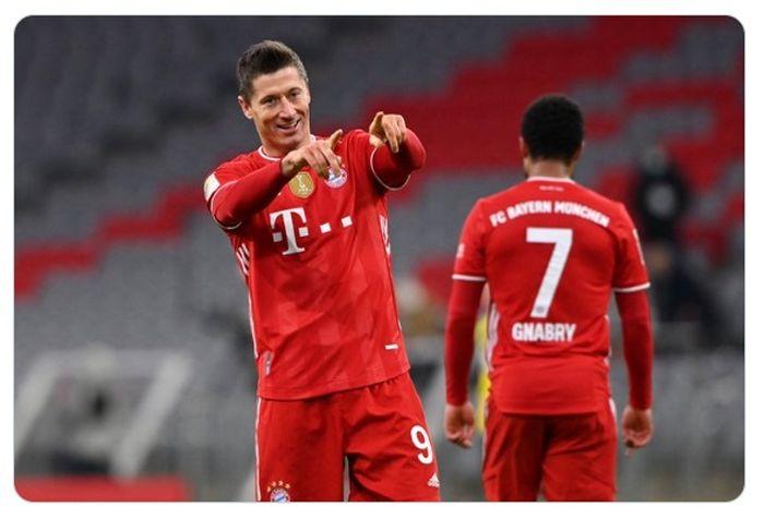 Tiga gol Robert Lewandowski dalam laga Bayern Muenchen melawan Borussia Dortmund di pekan ke-24 Bundesliga 2020-2021 membuatnya semakin mantap duduk di puncak daftar top scorer liga sementara.