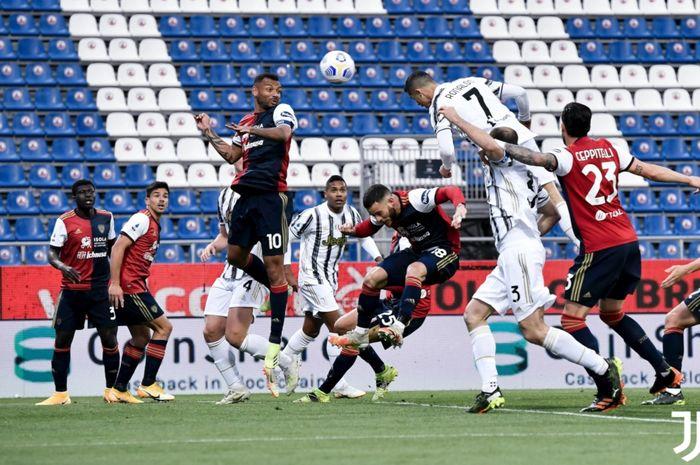 Cristiano Ronaldo Cetak Hat-trick, Juventus Babat Cagliari 3-0 di Babak I thumbnail