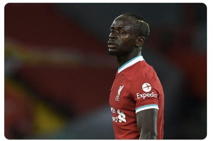 Penyerang Liverpool, Sadio Mane, mengunggah foto kontroversial.
