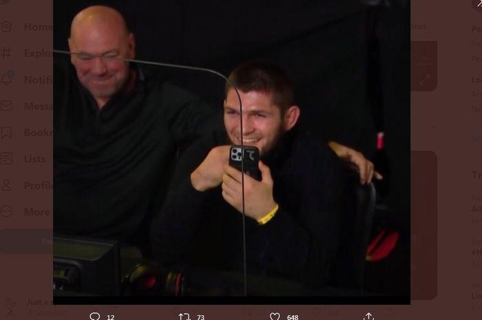 Khabib Nurmagomedov bersama Dana White di UFC Vegas 22