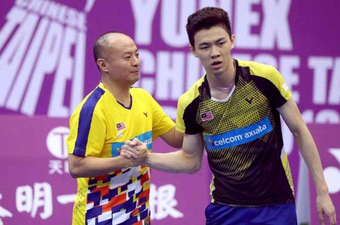Hendrawan (kanan) dan Lee Zii Jia (kiri)