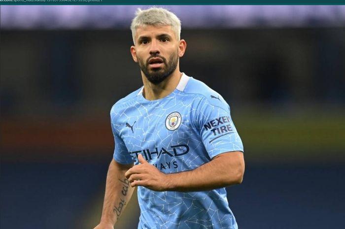 Penyerang Manchester City, Sergio Aguero, disebut lebih cocok bergabung dengan satu klub daripada main bareng Lionel Messi.