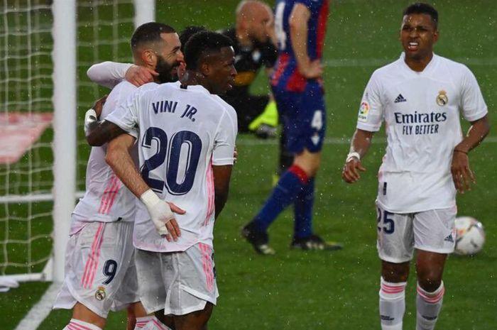 Real Madrid sukses meraih kemenangan 2-0 atas Eibar pada laga pekan ke-29 Liga Spanyol 2020-2021.
