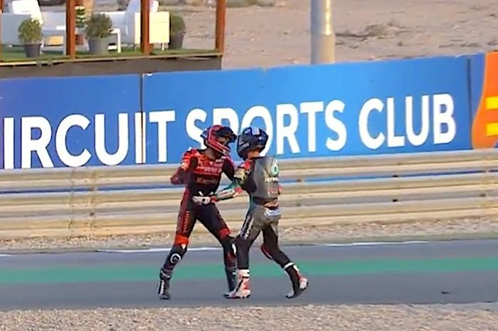 Baku hantam di Moto3 Doha 2021, pembalap tim Indonesia Vs tim Malaysia.