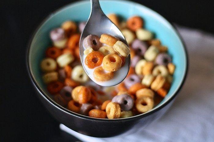 Sereal merupakan makanan yang bisa dimakan ketika sayur karena kandungannya bisa menjadi energi.