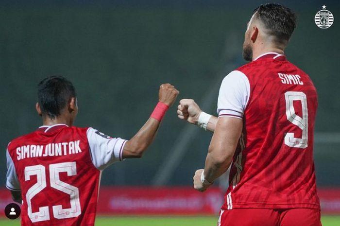 Marko Simic berterima kasih kepada Riko Simanjuntak, yang memberinya asis manis untuk gol semata wayang Persija Jakarta ke gawang Barito Putera dalam perempat final Piala Menpora 2021 di Stadion Kanjuruhan, Kabupaten Malang, Sabtu (10/4/2021) malam WIB.
