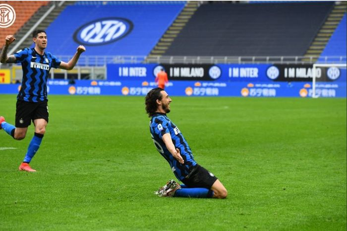 Inter Milan meraih kemenangan 1-0 atas Cagliari berkat gol tunggal Matteo Darmian pada lanjutan Liga Italia, Minggu (11/4/2021).