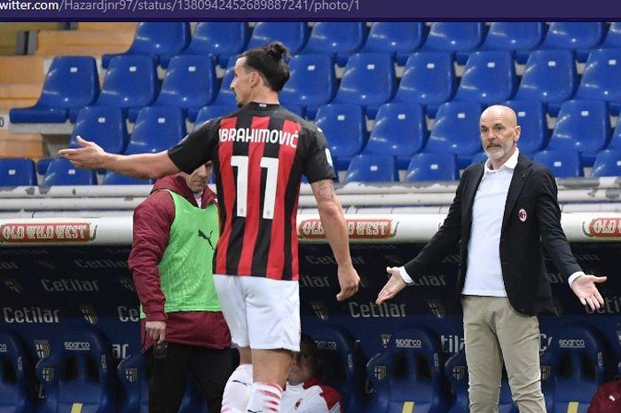 Bomber AC Milan, Zlatan Ibrahimovic, diusir wasit dalam laga melawan Parma di Stadion Ennio Tardini pada pekan ke-30 Liga Italia, Sabtu (10/4/2021).