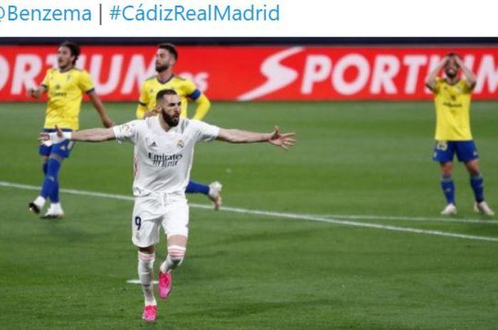 Karim Benzema selevel Cristiano Ronaldo, masuk sejarah Real Madrid, Los Blancos ke puncak klasemen Liga Spanyol menyalip Atletico Madrid.