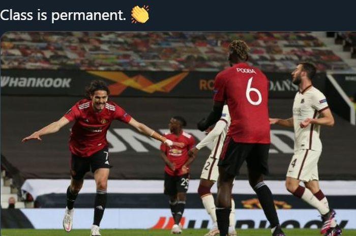 Edinson Cavani merayakan golnya untuk Manchester United ke gawang AS Roma di semifinal Liga Europa, 29 April 2021.