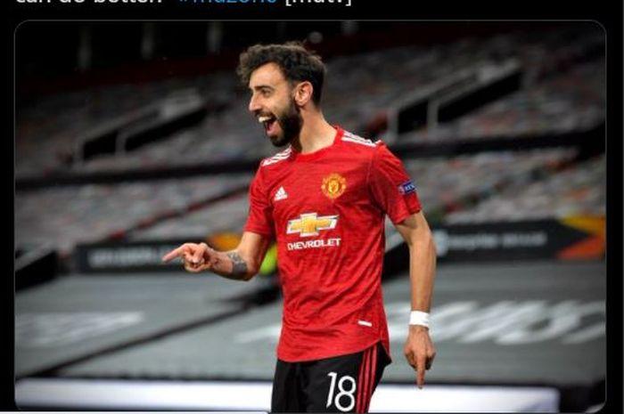 Momen Bruno Fernandes merayakan gol yang dia cetak ke gawan AS Roma dalam pertandingan leg pertama semifinal Liga Europa 2020-2021.