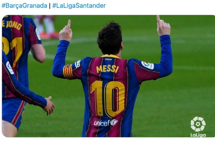 Selebrasi bintang Barcelona, Lionel Messi, pada laga versus Granada di Camp Nou, Kamis (29/4/2021)