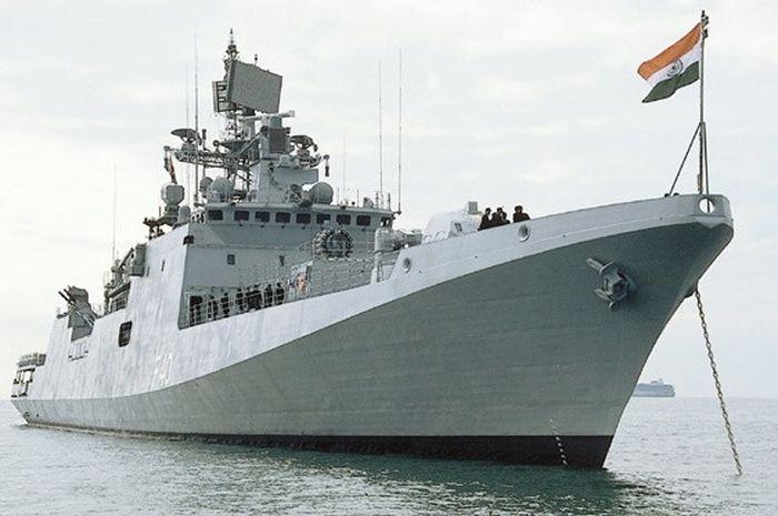 Kapal asal India.