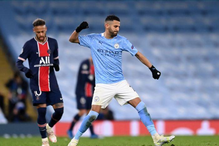 Dua ekspresi bertolak belakang antara Neymar dan Riyad Mahrez pasca-laga Manchester City versus Paris Saint-Germain.