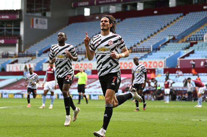 Bomber Manchester United, Edinson Cavani, telah mengakhiri spekulasi tentang masa depannya dengan menandatangani kontrak baru.
