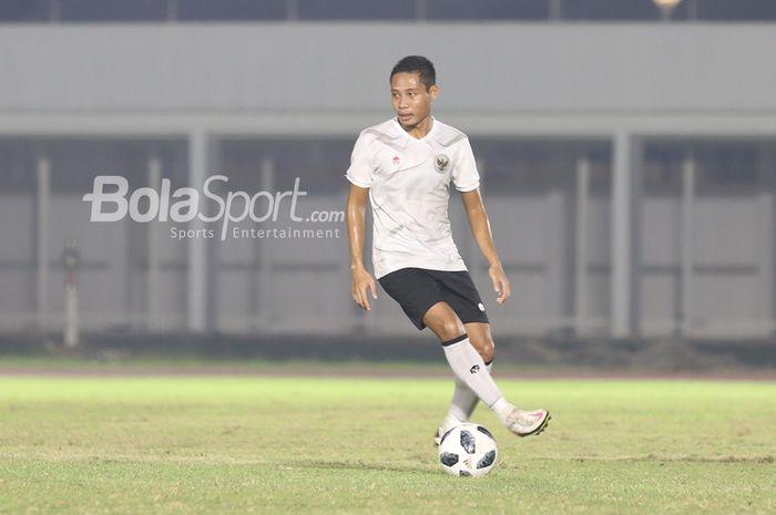 Evan Dimas tengah dalam pemusatan latihan timnas Indonesia di Stadion Madya, Senayan, Jakarta, 11 Mei 2021.
