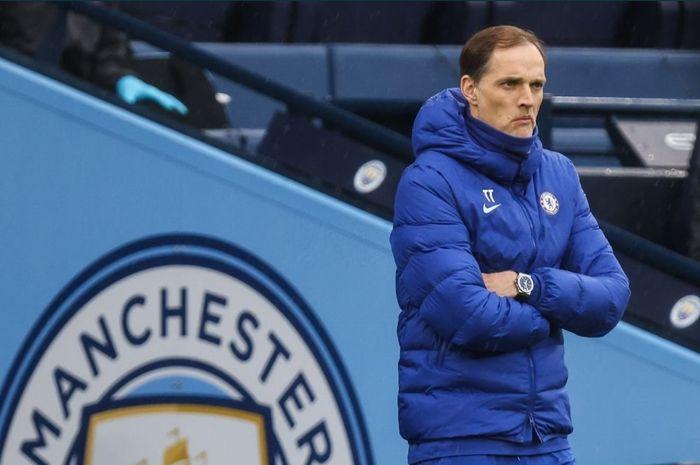 Pelatih Chelsea, Thomas Tuchel mendampingi The Blues kala melawan Manchester City.
