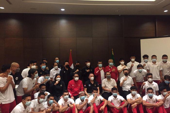 Momen foto timnas Indonesia di Hotel Fairmont, Senayan, Jakarta Pusat, Jumat (14/5/2021).