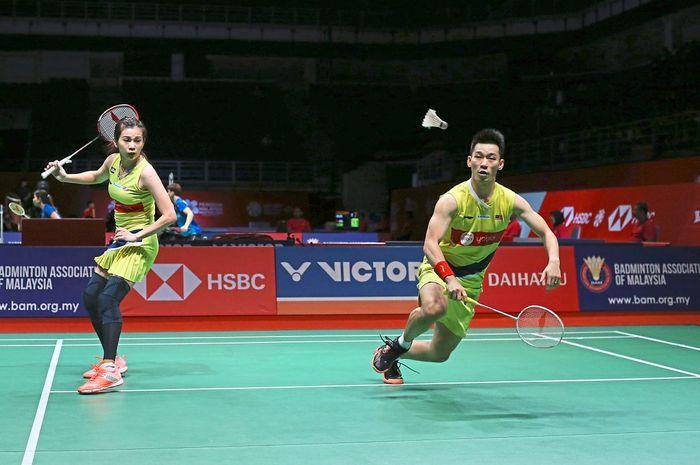 Pasangan ganda campuran Malaysia, Chan Peng Soon/Goh Liu Ying dalam sebuah pertandingan.
