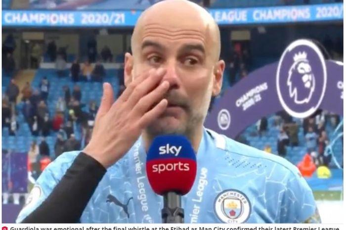 Pelatih Mancherster City, Pep Guardiola, tampak emosional saat membicarakan tentang Sergio Aguero.