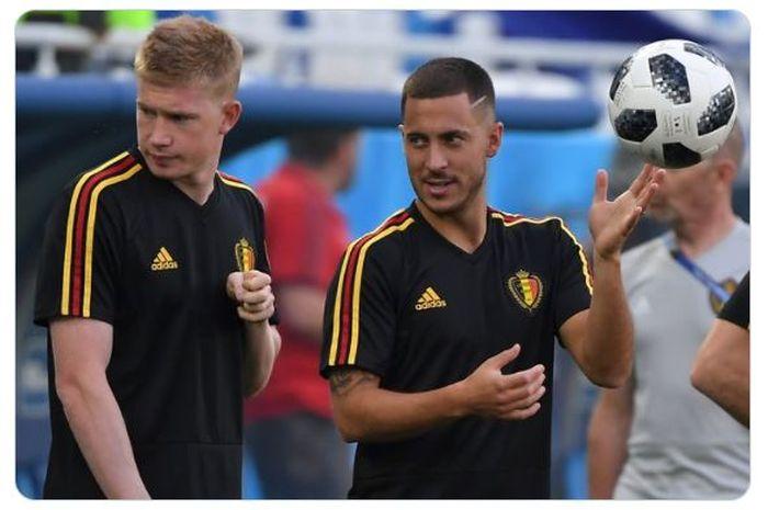 Kevin De Bruyne (kiri) dan Eden Hazard terancam absen membela timnas Belgia dalam pertandingan perdananya di Grup B EURO 2020 karena cedera.